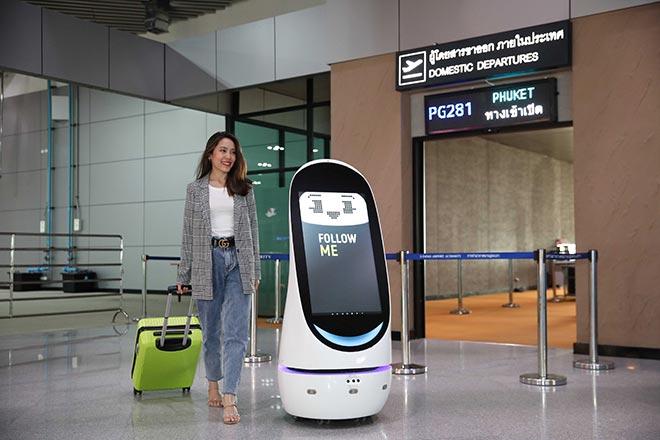 การท่าอากาศยานอู่ตะเภา และ AIS ทำพัฒนาSmart Airport Terminal ทดลองใช้เทคโนโลยี 5G และ หุ่นยนต์ AI